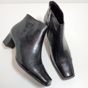 Life Stride Ankle Boots